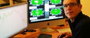 Jorge Ufano, un estudioso del juego y de la Bolsa, dará algunas clases de póker a alumnos de Informática