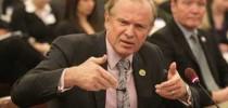 Ray Lesniak, senador estatal demócrata por Elizabeth
